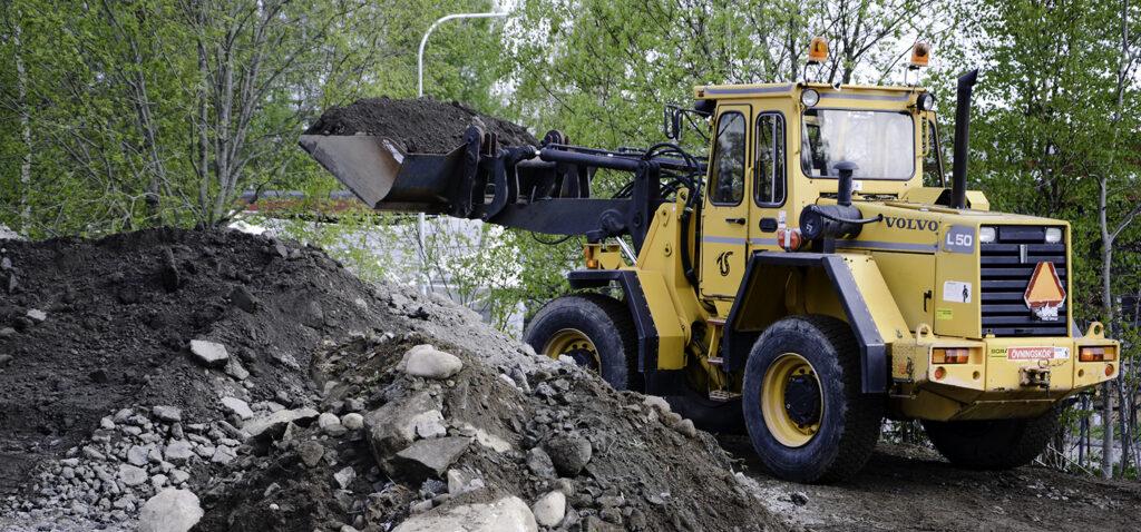 Anläggningsfordon gräver