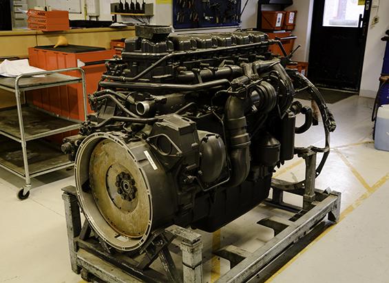 Bild på en lastbilsmotor